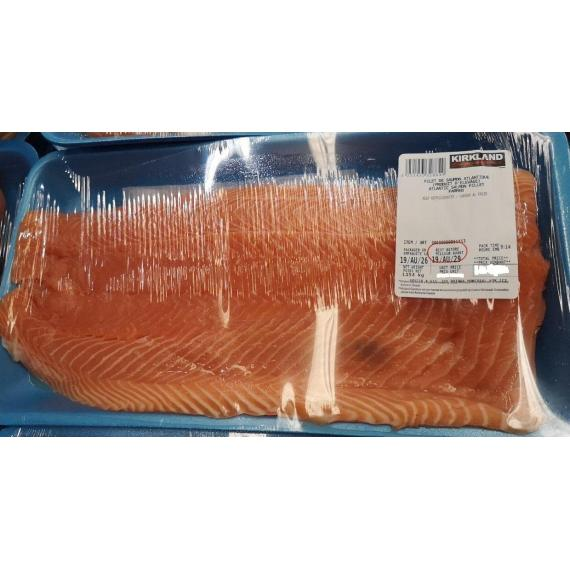 ATLANTIC SALMON FILLETS, 2 kg (+/- 50 gr)